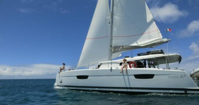 Location bateau Le Marin pas cher Saona 47