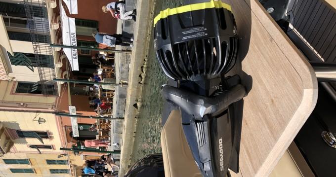 Location bateau Yamaha Capelli Tempest 900 à Portofino sur Samboat