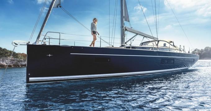 Location bateau Athènes pas cher Bavaria C57 Style
