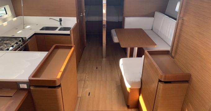 Jeanneau Sun Odyssey 440 entre particuliers et professionnel à Lávrio