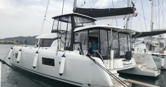 Catamaran à louer à Portisco au meilleur prix