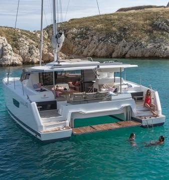 Fountaine Pajot Astrea 42 entre particuliers et professionnel à Île d'Ibiza