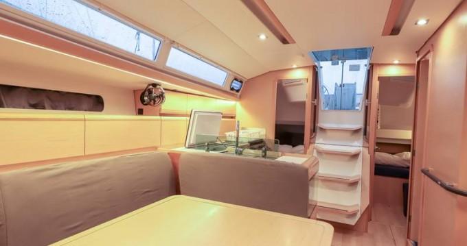 Location bateau Follonica pas cher Sun Odyssey 419
