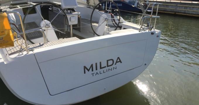 Location bateau Tallinn pas cher Hanse 385