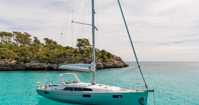 Location bateau Salerno pas cher Oceanis 41.1