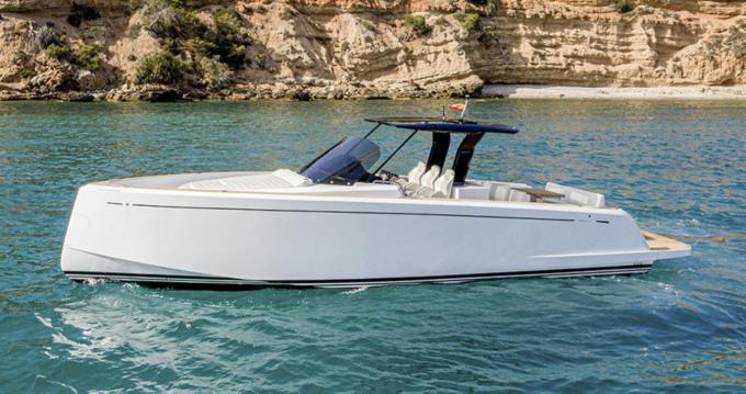Louez un Pardo Yachts Pardo 38 à Cannes