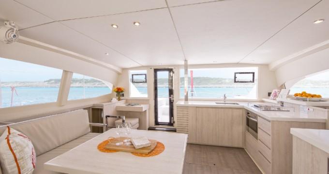 Location bateau Leopard Sunsail 404 à Le Marin sur Samboat
