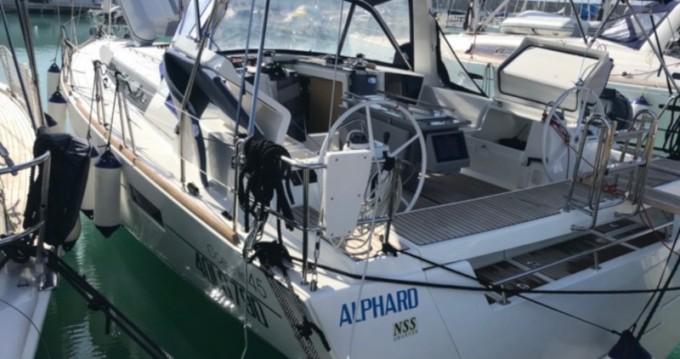 Location bateau Bénéteau Oceanis 45 à Castiglioncello sur Samboat