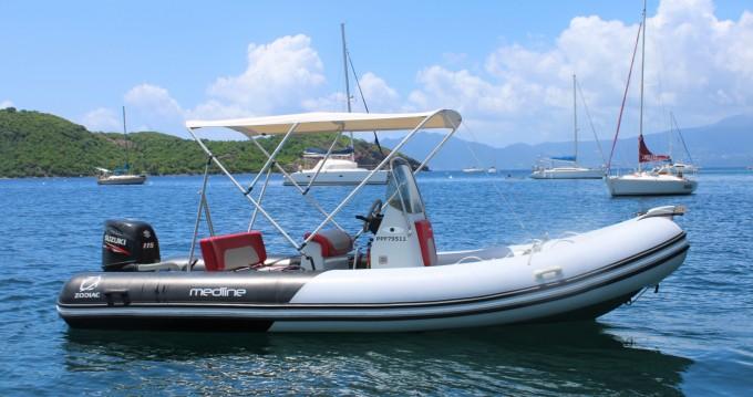 Louer Semi-rigide avec ou sans skipper Zodiac à Basse-Terre