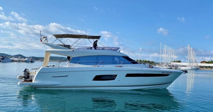 Location bateau Prestige Yachts Prestige 550 Flybridge à Zadar sur Samboat