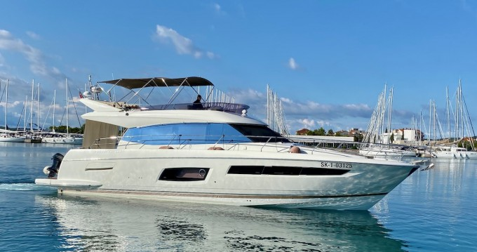 Location yacht à Zadar - Prestige Yachts Prestige 550 Flybridge sur SamBoat
