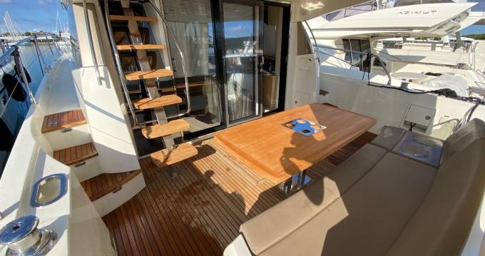 Prestige Yachts Prestige 550 Flybridge entre particuliers et professionnel à Zadar