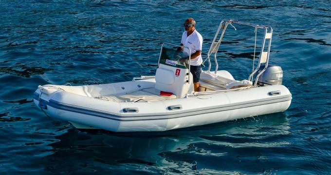 Location bateau Cefalù pas cher Medline 500