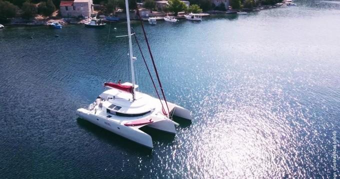 Louer Catamaran avec ou sans skipper Neel à Pula
