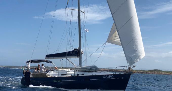 Location bateau Bénéteau Oceanis 411 Celebration à Carloforte sur Samboat