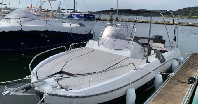 Location bateau Lorient pas cher Flyer 6.6 SUNdeck