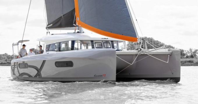 Louez un Excess Excess 12 à Lorient