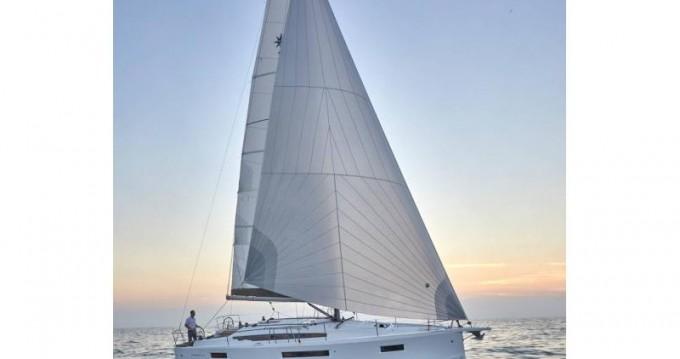 Jeanneau Sun Odyssey 410 entre particuliers et professionnel à Volos
