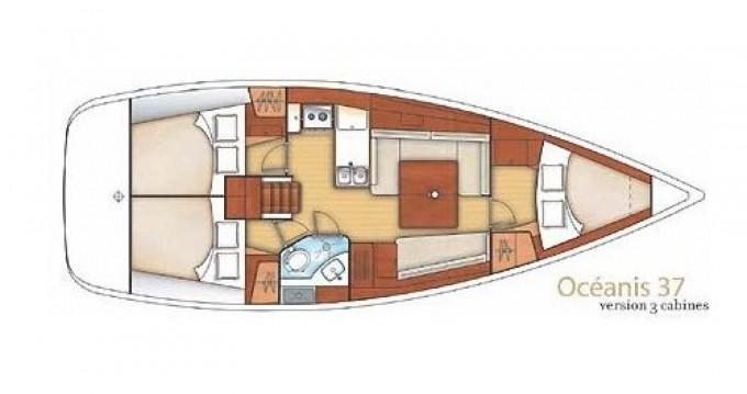 Oceanis Océanis 37 entre particuliers et professionnel à Port Grimaud