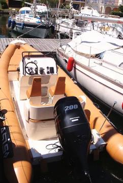 Rib RIB 6.5 entre particuliers et professionnel à Port Grimaud