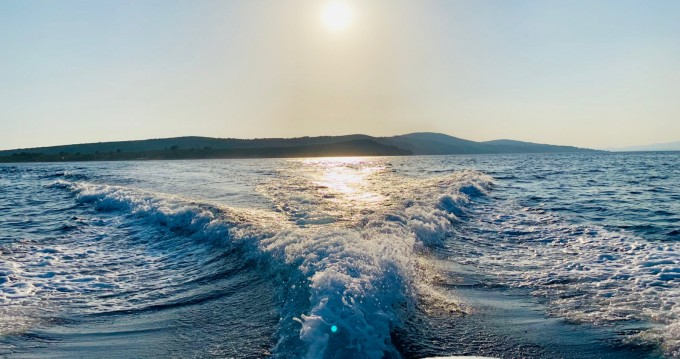 Location bateau Jeanneau Jeanneau Merry Fisher 795 à Split sur Samboat