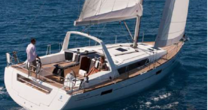 Location yacht à Vallauris - Oceanis Océanis 45 sur SamBoat