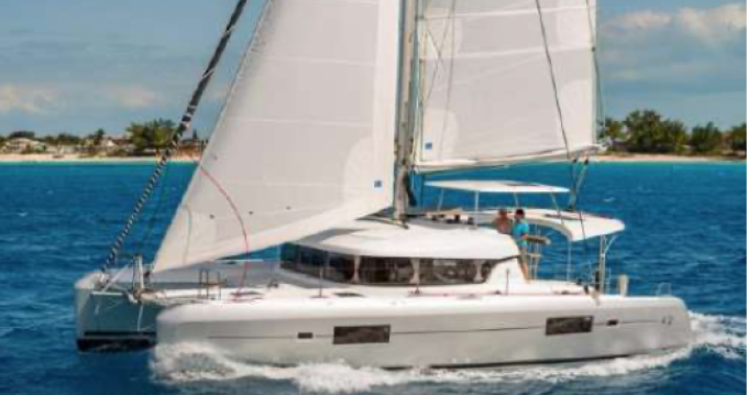 Location bateau Saint-Raphaël pas cher Lagoon 42