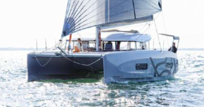 Location bateau CNB Excess Excess 11 à Toulon sur Samboat