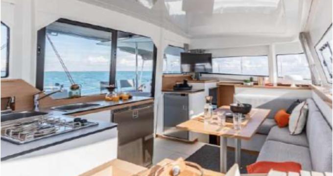 Location bateau Toulon pas cher Excess 11