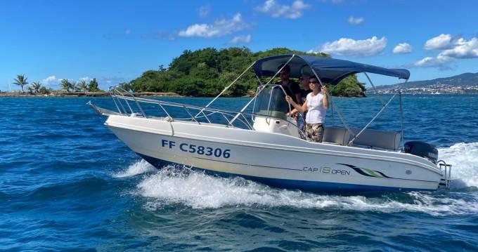 Capelli Cap 18 entre particuliers et professionnel à Les Trois Îlets