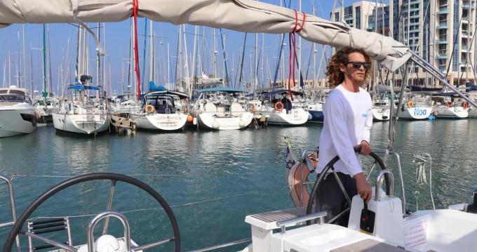 Louer Voilier avec ou sans skipper Bénéteau à Tel-Aviv