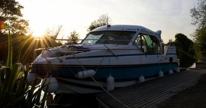 Location bateau Port-sur-Saône pas cher Confort 900 DP