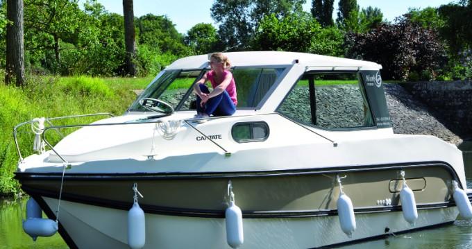 Location bateau Dole pas cher Sedan Primo