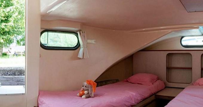 Location bateau Brienon-sur-Armançon pas cher Confort 1350 B