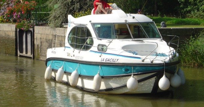 Location bateau Grez-Neuville pas cher Estivale Duo