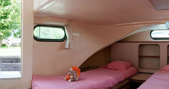 Location bateau  Confort 1350 B à Grez-Neuville sur Samboat
