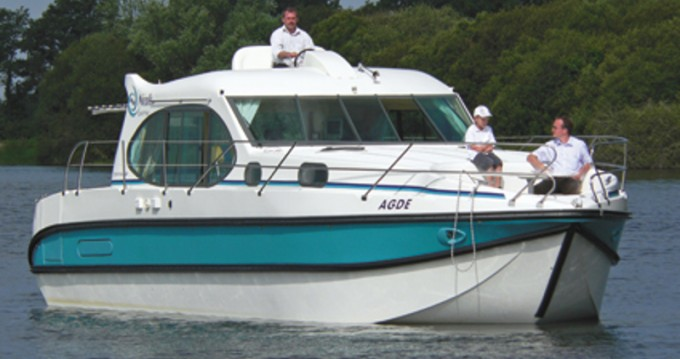 Location bateau  Estivale Quattro B à Sablé-sur-Sarthe sur Samboat