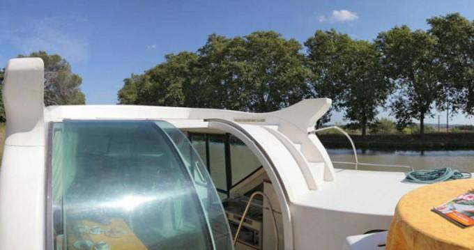 Louez un  Confort 900 DP à Venarey-les-Laumes