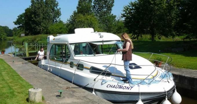 Louer Bateau à moteur avec ou sans skipper  à Sucé-sur-Erdre