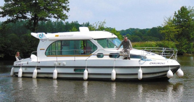Location bateau  Sedan 1000 à Dole sur Samboat