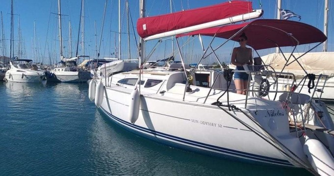 Location bateau Lefkada (Île) pas cher Sun Odyssey 32
