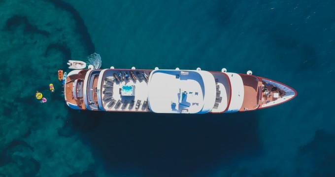 Shipyard Split Deluxe Superior Motor Yacht entre particuliers et professionnel à Split