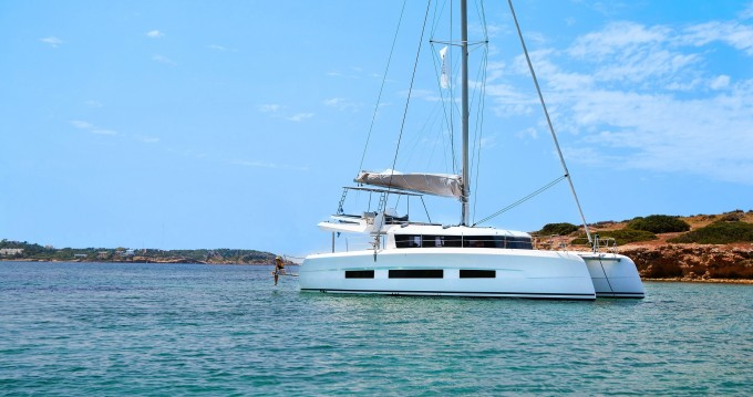 Location bateau Dufour Dufour Catamarans 48 à Salerno sur Samboat