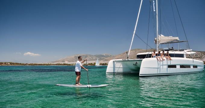 Louez un Dufour Dufour Catamarans 48 à Salerno
