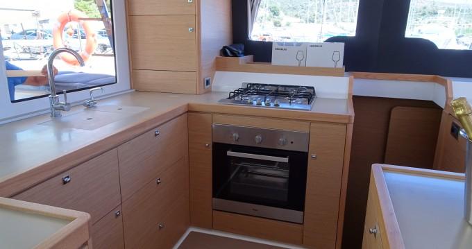 Location yacht à Salerno - Dufour Dufour Catamarans 48 sur SamBoat
