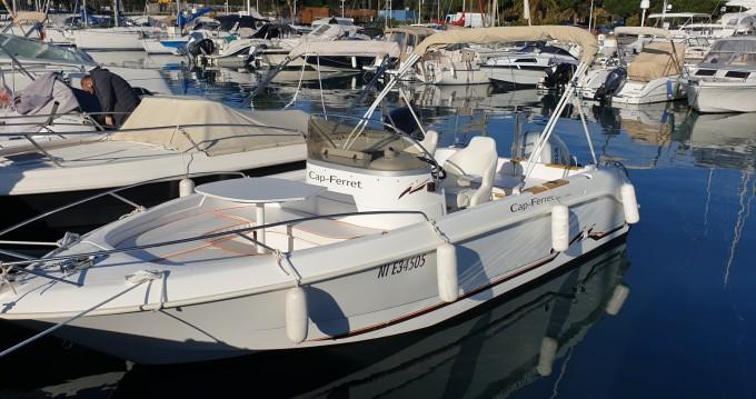 Location bateau Antibes pas cher Cap Ferret 650 Open