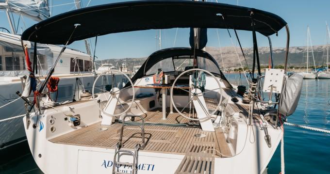 Location bateau Split pas cher Elan 450