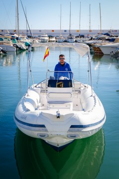 Selva Selva entre particuliers et professionnel à Puerto Deportivo de Marbella