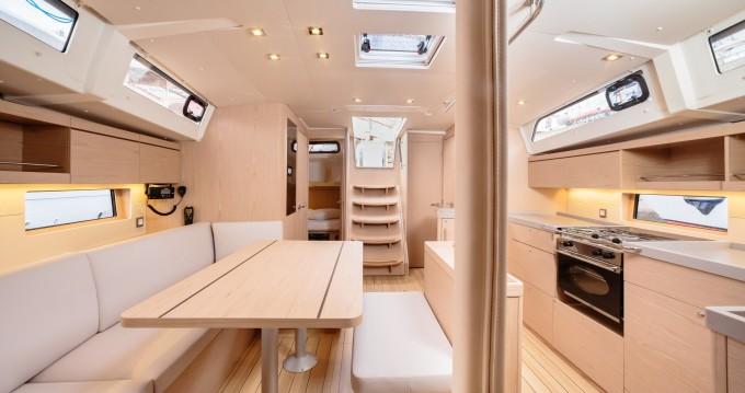 Location yacht à Marina di Portorosa - Bénéteau Oceanis 46.1 sur SamBoat