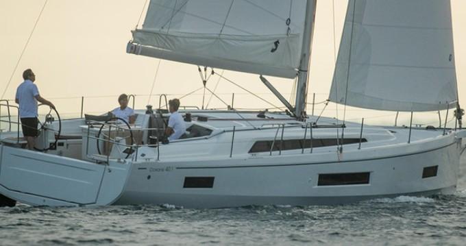 Location bateau Bénéteau Oceanis 40.1 à Gouviá sur Samboat